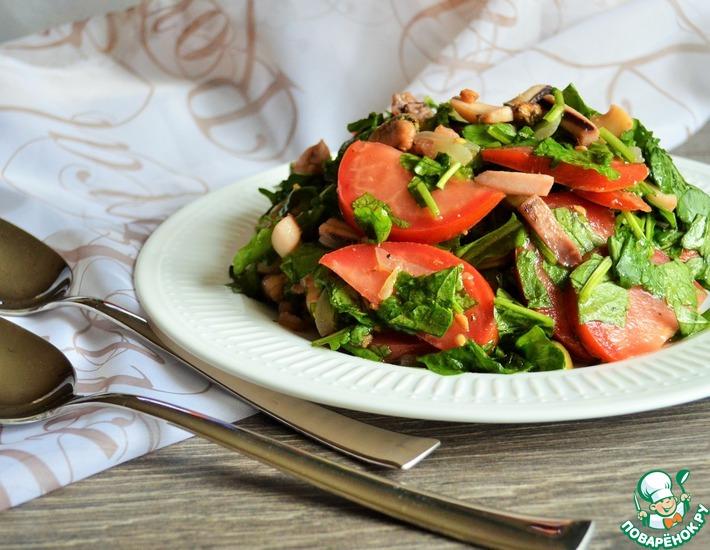 Рецепт: Тёплый салат с рукколой и морепродуктами