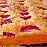 Быстрый пирог со сливой