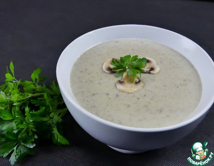 Рецепт: Крем-суп из кабачка и шампиньонов