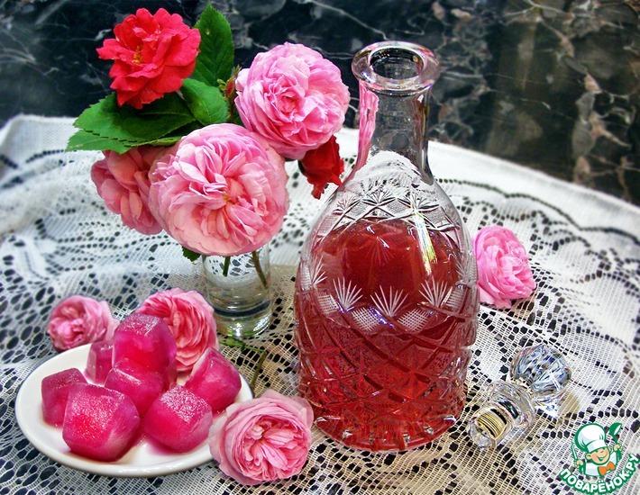 Розовая вода своими руками