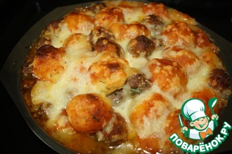 Рецепт: Запеканка из картофельных и мясных фрикаделек
