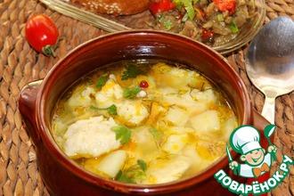 Рецепт: Суп с масляно-чесночными клецками
