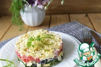 Рецепт: Слоёный салат из баклажанов и копчёного сыра