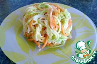 Рецепт: Кабачки с морковью по-корейски