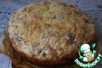 Рецепт: Вкусный пирог с шелковицей и сладкой посыпкой