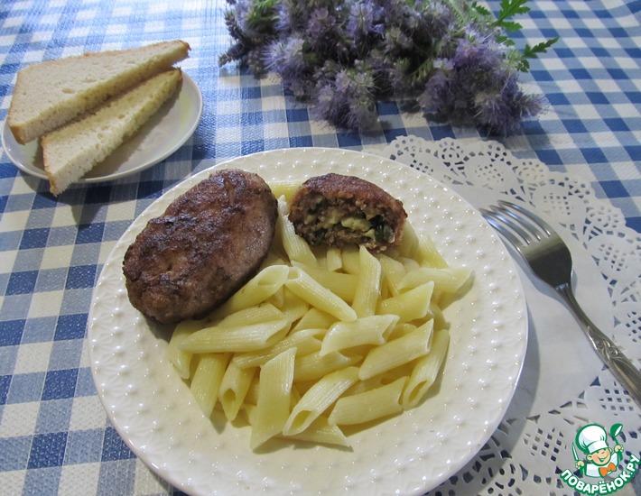 Рецепт: Зразы из куриных желудков с грибами