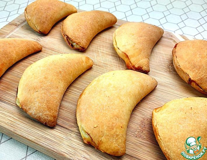 Рецепт: Пирожки с творогом и мятой