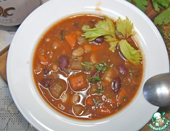 Рецепт: Густой суп из фасоли с пармезаном