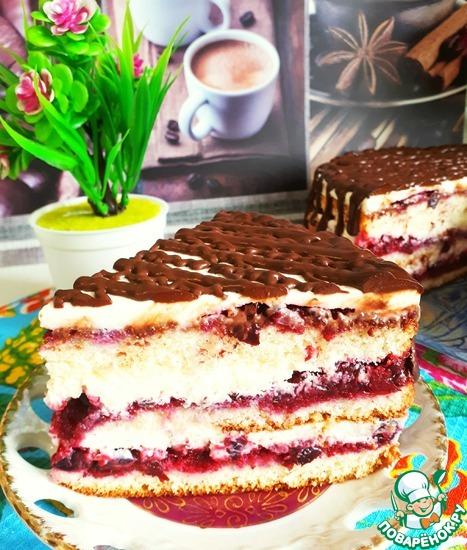 Торт бисквитный с ягодной прослойкой