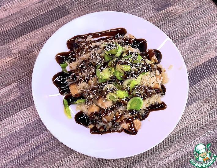 Рецепт: Семга на сковороде с рисом