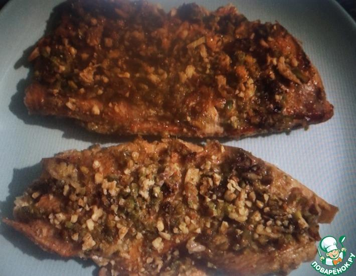 Рецепт: Жареный морской окунь в фисташках