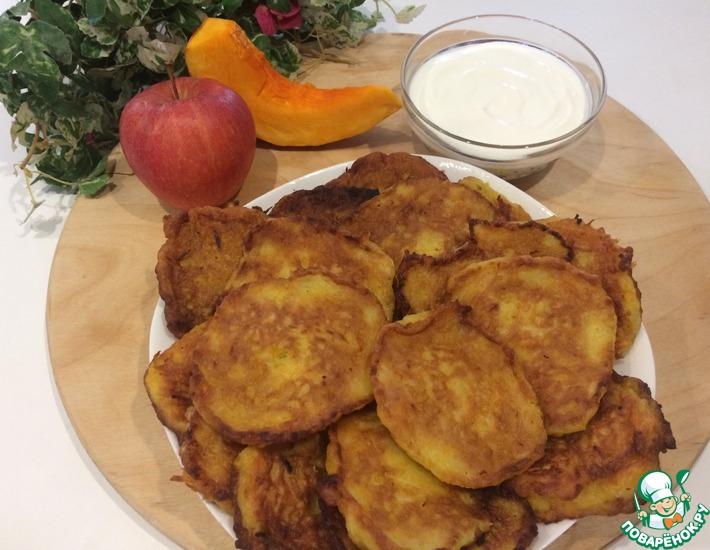 Рецепт: Тыквенные оладьи с яблоком
