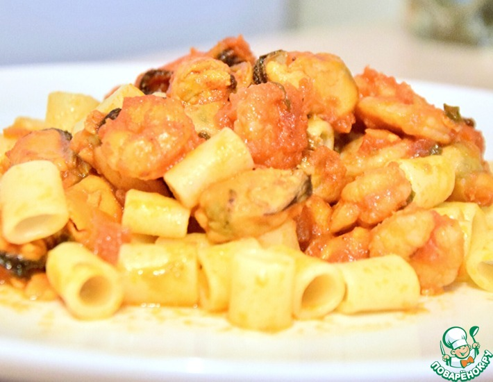 Рецепт: Морепродукты в томатном соусе