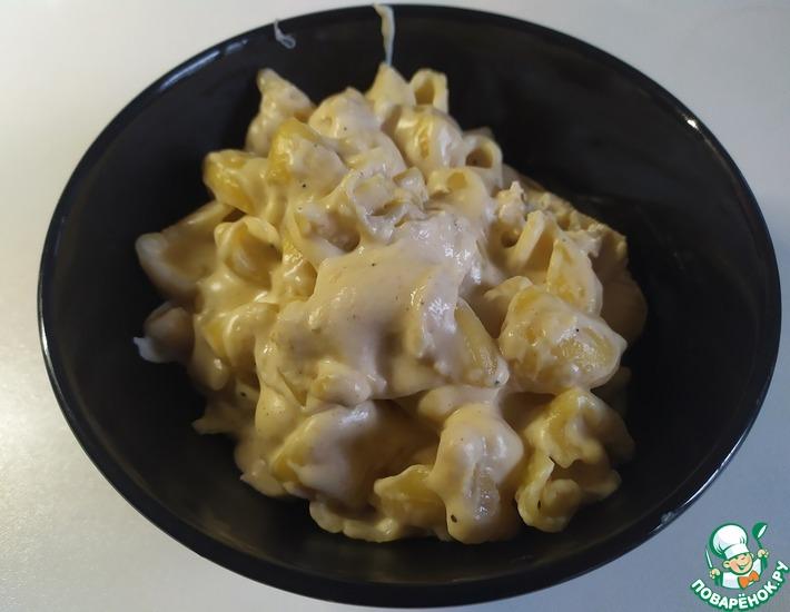Рецепт: Макароны с сыром в сливочном соусе