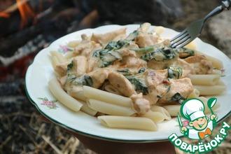 Рецепт: Макароны с курицей в сливочном соусе