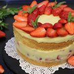 Торт Клубничный Восторг