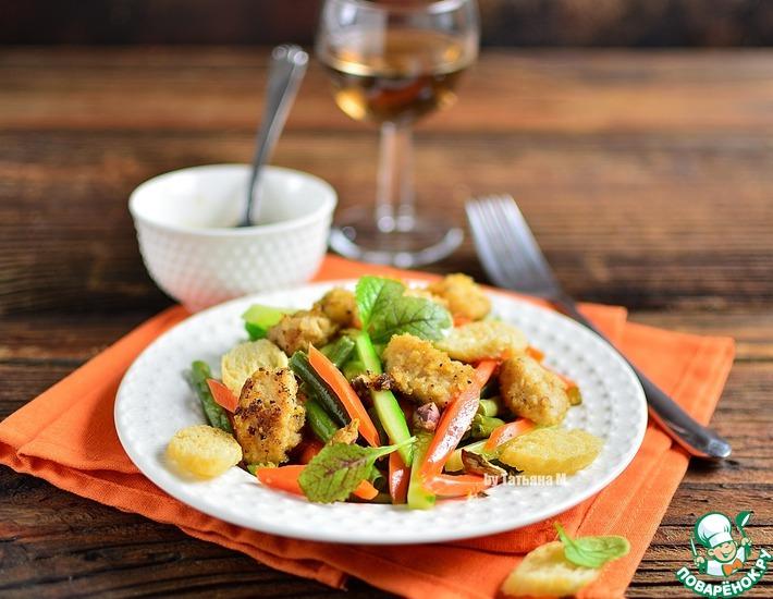 Рецепт: Салат из сладкой акулы с овощами