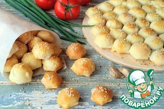 Рецепт: Чесночные булочки с сыром Мини