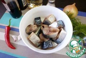 Маринованная скумбрия с соевым соусом фото