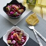 Салат из свеклы с малосольным лососем