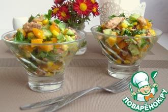 Рецепт: Салат с тунцом, овощами и кинзой