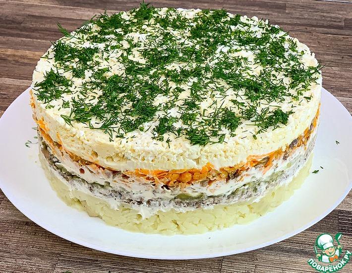 Рецепт: Слоеный салат со шпротами