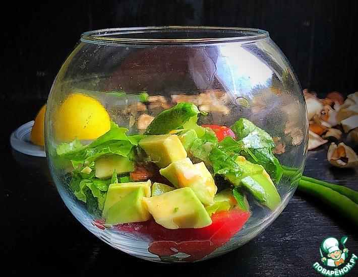Рецепт: Салат с авокадо и помидорами