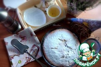 Рецепт: Пирог на йогурте с чёрной смородиной