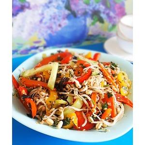 Овощной салат с проростками маша