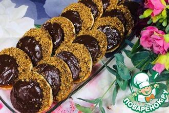 Рецепт: Шоколадно-ореховое песочное печенье со сгущенкой