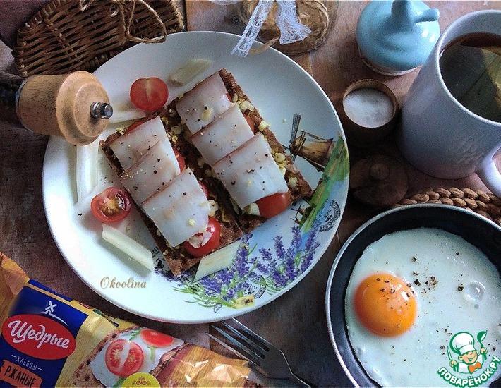 Рецепт: Бутерброд с салом на ржаных хлебцах