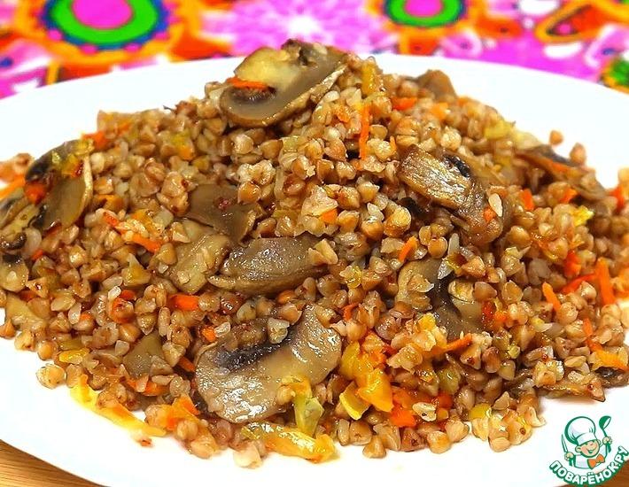 Рецепт: Гречка на сковороде с грибами