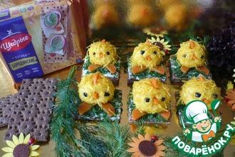 Рецепт: Закусочные сырные шарики Цыплята на Пасху