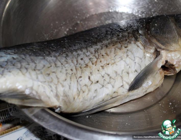 Как легко и быстро очистить рыбу от чешуи без ножа
