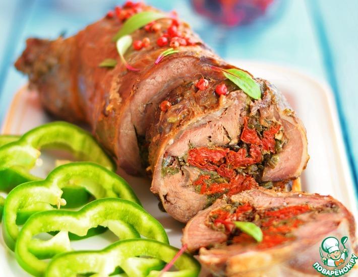Рецепт: Рулет из козлятины с сушеными томатами