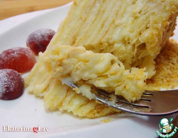 Рецепт: Нежный торт Наполеон с коржами на сметане