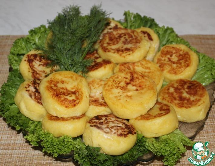 Рецепт: Картофельные пирожки с сыром