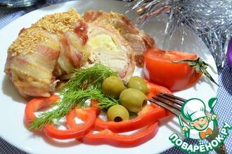 Рецепт: Куриное филе с сыром в беконе