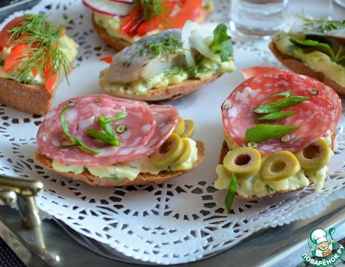 Рецепт: Бутерброды Русское застолье