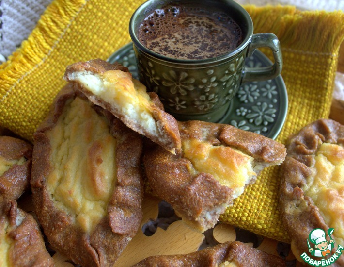 Рецепт: Ржаные калитки с картофелем