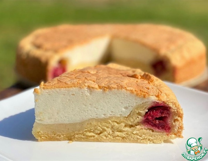 Рецепт: Вишневый пирог с белково-сметанной заливкой