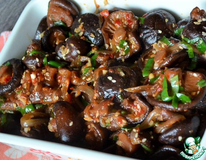 Рецепт: Шиитаке в остром соусе