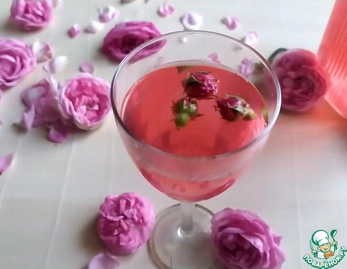 Рецепт: Летний напиток из чайной розы