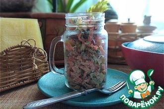 Рецепт: Лёгкий салат с сельдереем