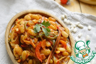 Рецепт: Фасоль в томате с маринованными огурцами