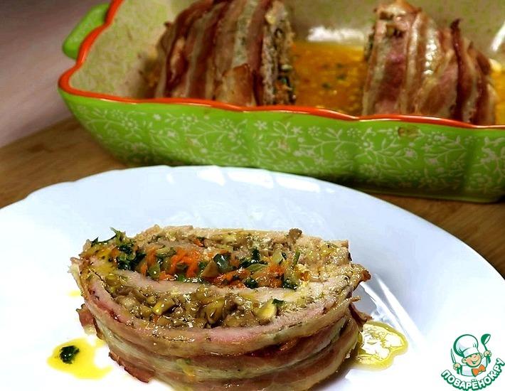 Рецепт: Слоёный мясной рулет с начинкой