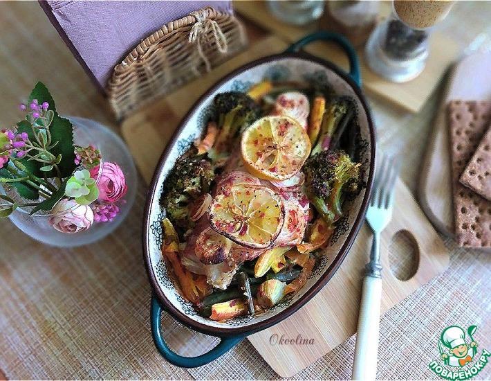 Рецепт: Морской окунь, запечённый с овощами