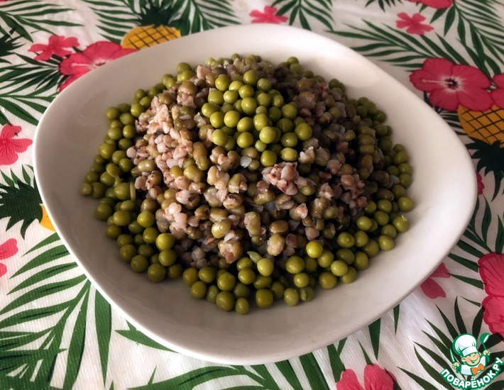 Рецепт: Гречка с машем и зеленым горошком
