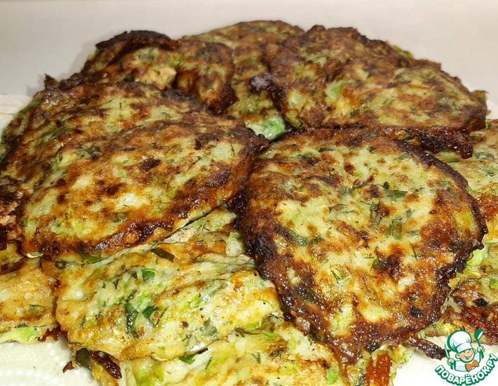 Рецепт: Драники с мясом и сыром из кабачков