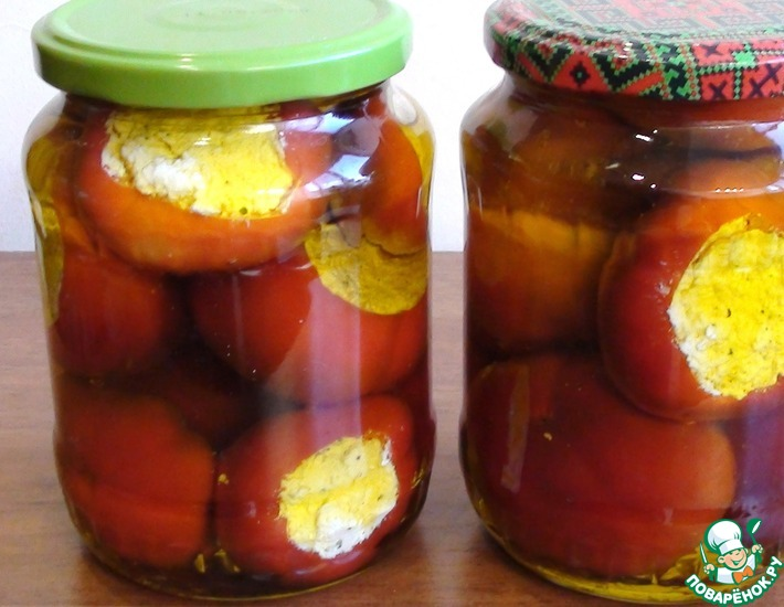 Рецепт: Перчики фаршированные сыром в масле